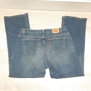 Levi's 515 Medium wash bootcut jeans Size 18